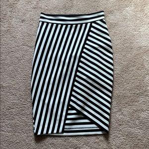 Express slim skirt